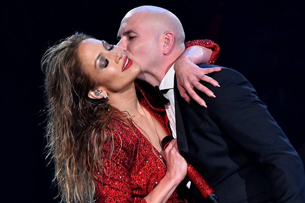 pitbull-jennifer-lopez-sexy-body