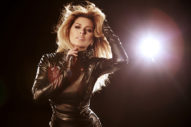 Shania Twain's Comeback Single Could Drop This Weekend