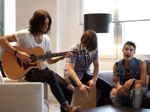"Hot Chelle Rae Likes ""I Like It Like That"" Acoustic"